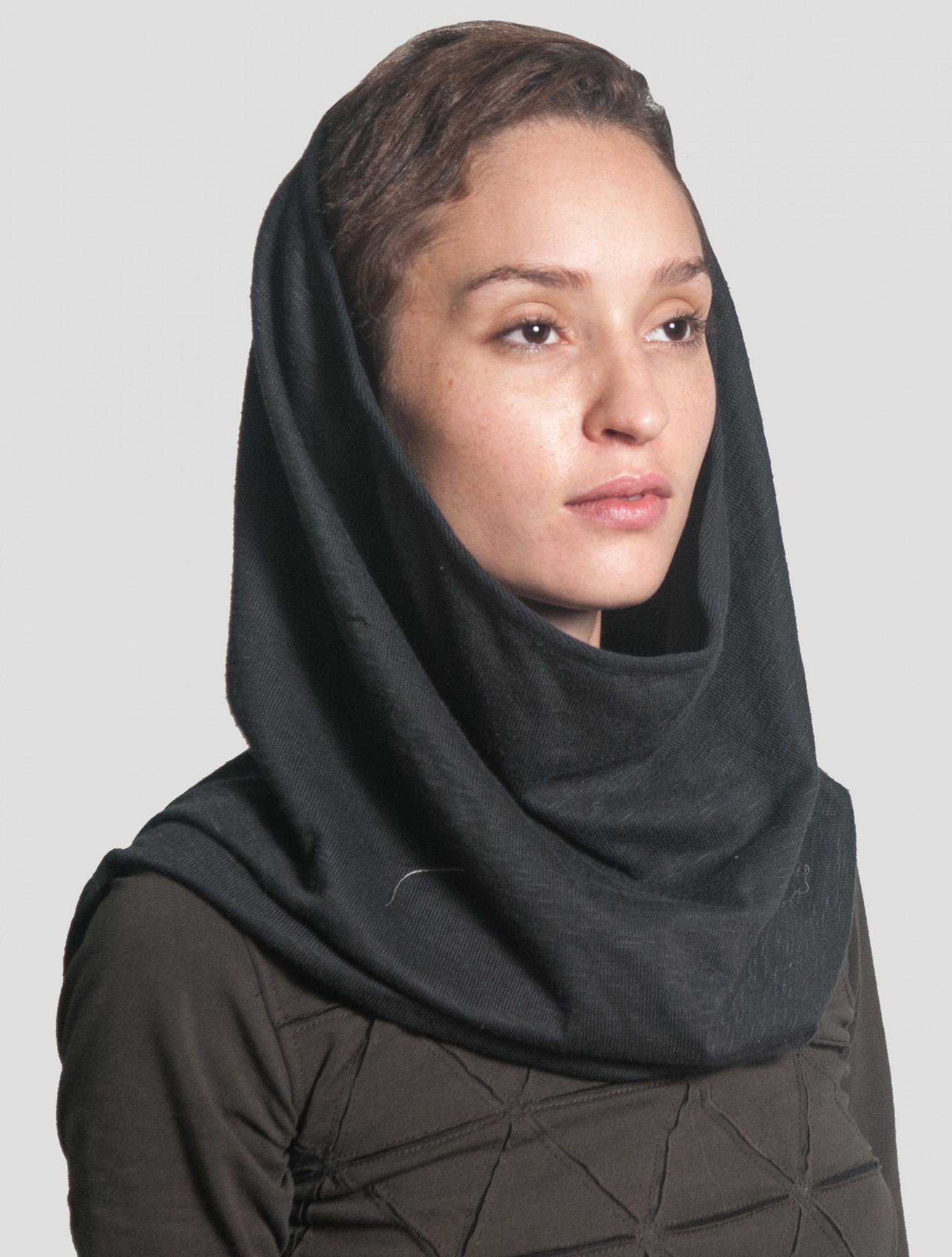 "\""Straps\"" hooded neck warmer, Black"
