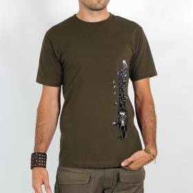 "T-shirt \""strange hat\"""