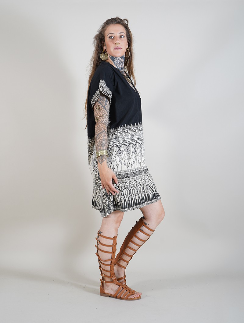 "\""Thai\"" short dress, Black and beige"