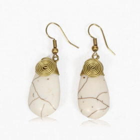 """Thayda\"" brass earrings, White"