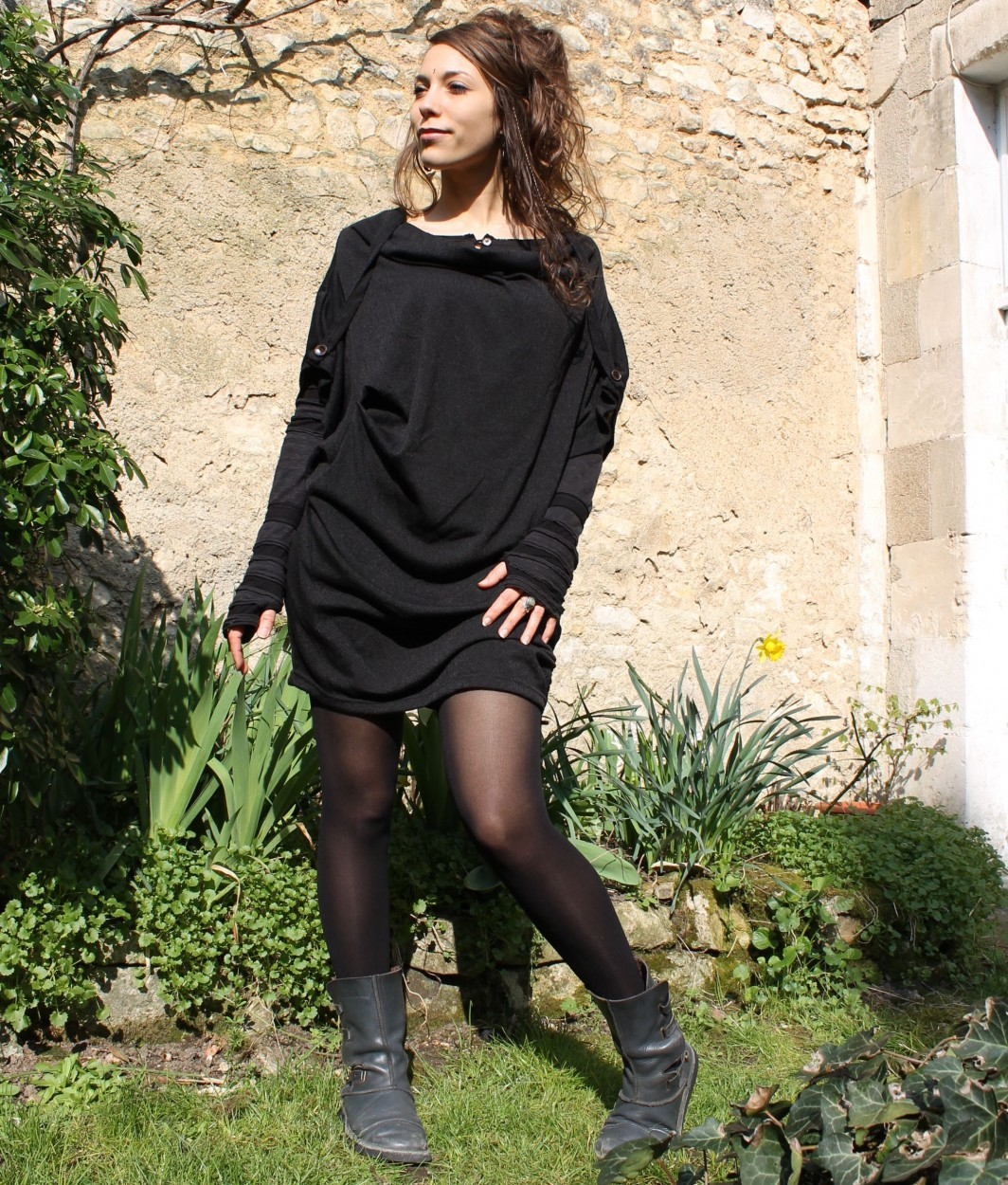 "Top witch \""mandlu\\\"", one size color black"