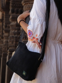 "\""Trishuli\"" handbag, black hemp and cotton"