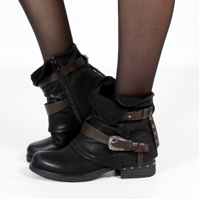 "\\\""Vayyan\\\"" boots, Black"