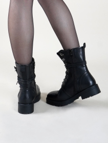"\""Vijay\"" boots, Black"