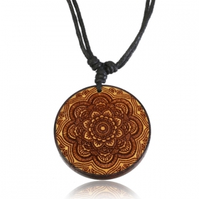 ""\""""Wooden Kaylo"""" necklace""280|280|?|en|2|6027e3a653eb5ec18f81b7e9ffa05779|False|UNLIKELY|0.29038625955581665