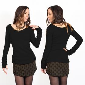 "\""Ysïs ~ 100% Cotton\"" sweater, Black"
